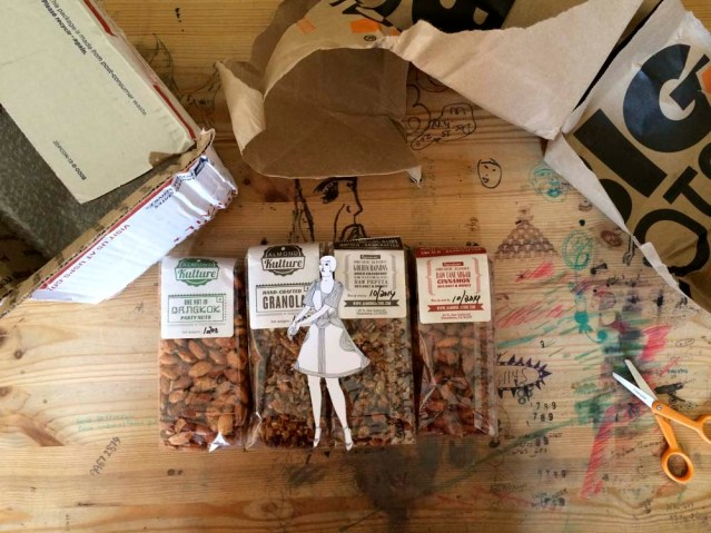 eve, granola and nuts