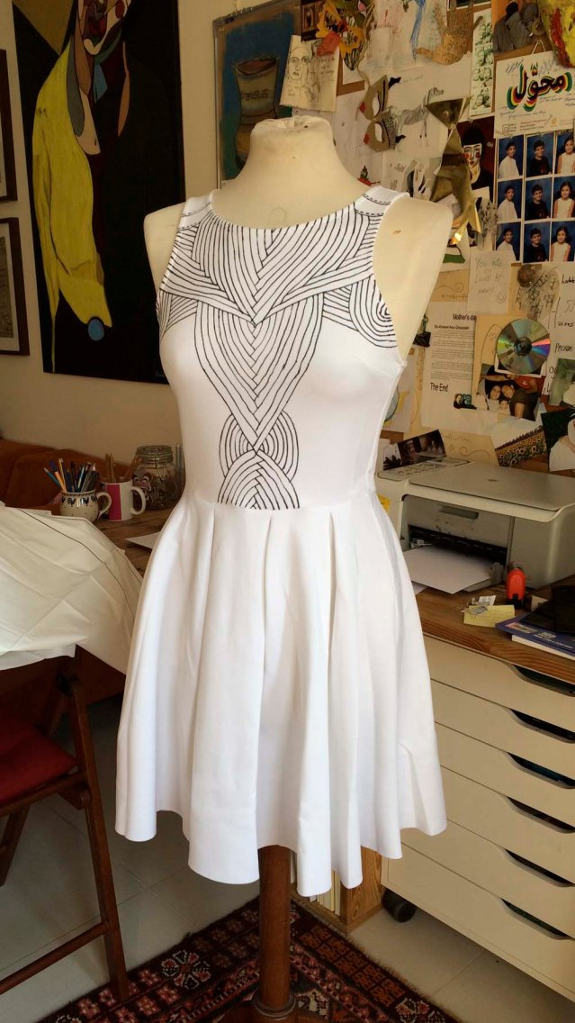 i started by creating the patterns on the bodice using a sharpie marker