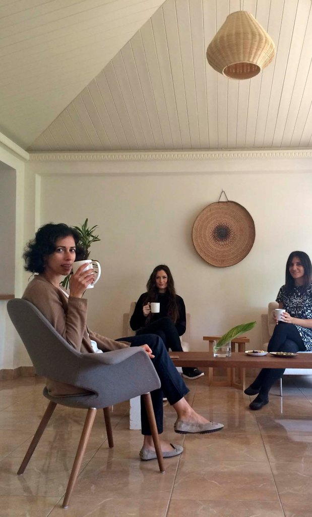 tea with laila and georgia at the very serene zeri crafts. a great way to start any day let alone a special one