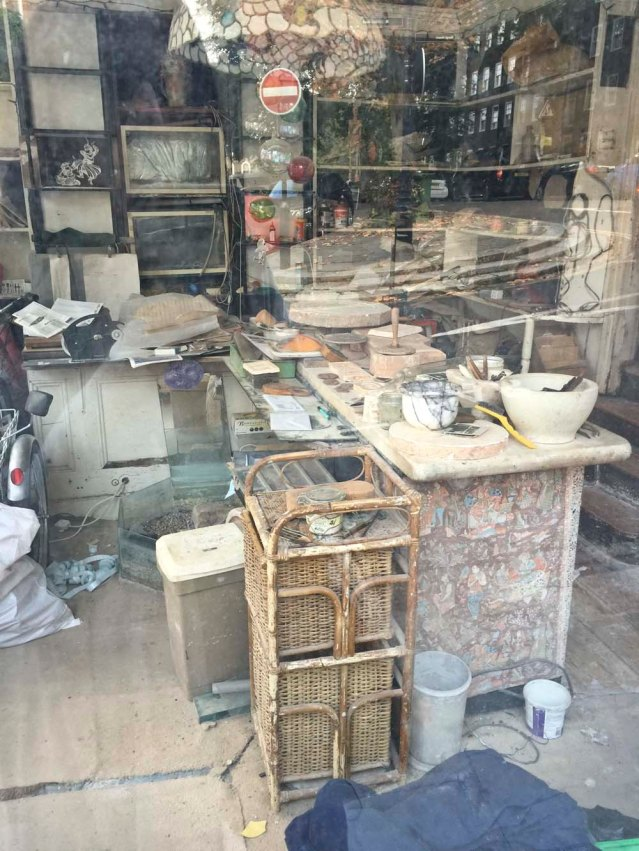 on my way back to the station i spot this through a window: what used to be a potter's studio? i don't know. the more i looked at this photo the more confused i because. it doesn't matter, i love it anyway